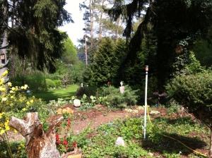 Hinter Reusses' Haus aiuf dem Kollberg erstreckt sich ein Garten Eden