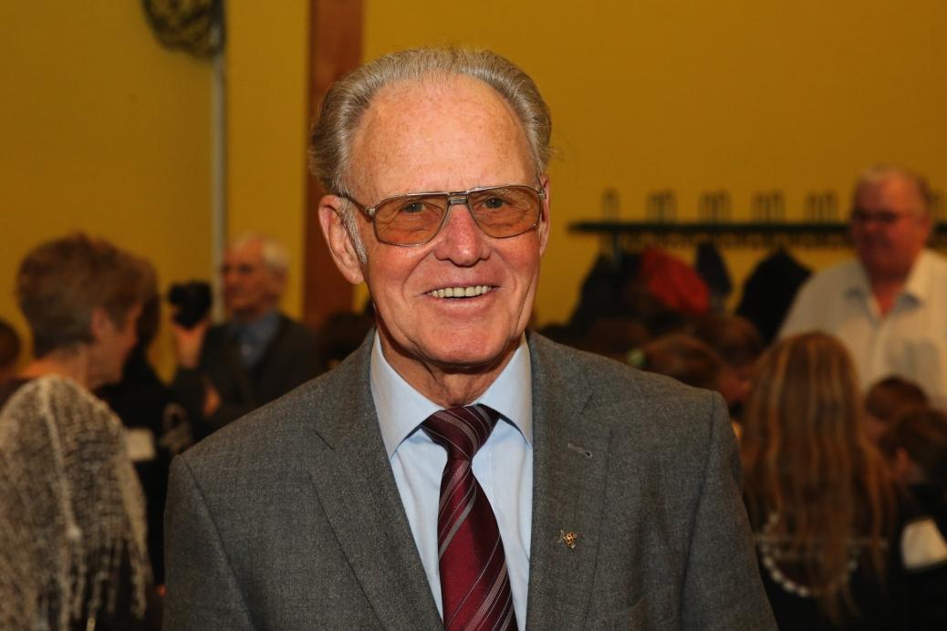 Radsportlegende Gustav Adolf Täve Schur (GER) - Empfang zu seinem heutigen 85. Geburtstag im Gemeindesaal in Biederitz - Deutschland, Radsport, Mann,23.02.2016 CS84-20160223-1135288.jpg